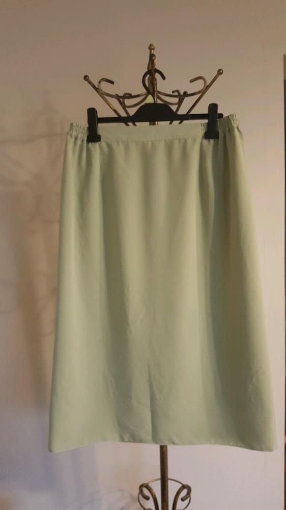 Groszkowa spódnica