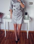 sukienka srebrna wiązana zapinana ze stójką...
