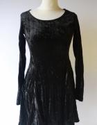 Sukienka Welurowa Czarna Welur Elegancka Mtwtfss Weekday S 36...