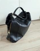 Duża czarna torebka A4 pojemna