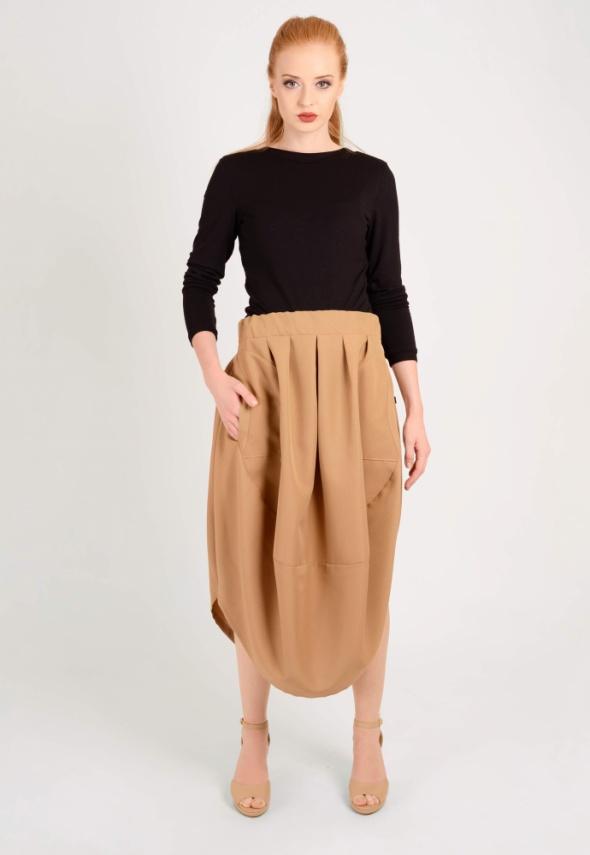 Spódnice beżowa spódnica oversize S