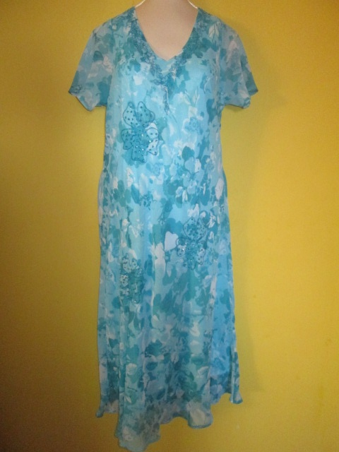 Suknie i sukienki Powiewna haftowana sukienka rozmiar 42