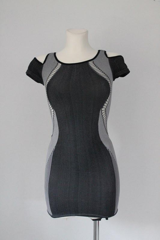 Mini sukienka BEBE wycinane boki ramiona z dziuram