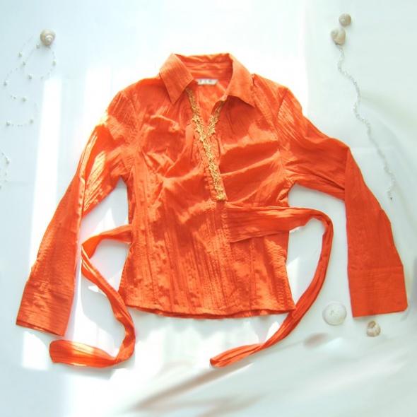 Bluzka pomarańczowa wiązana