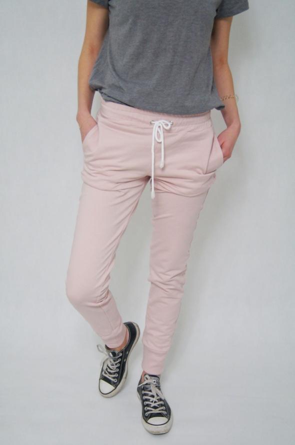 Spodnie dresowe POLSKI PRODUCENT