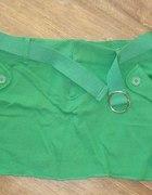 Spódniczka mini zielona z paskiem rozmiar M...