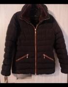pikowana czarna kurtka zimowa...