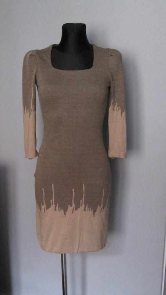 Sukienka ze wzorem odcienie brąz
