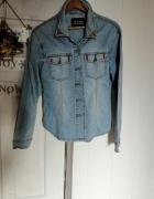 Jeansowa koszula z ćwiekami...