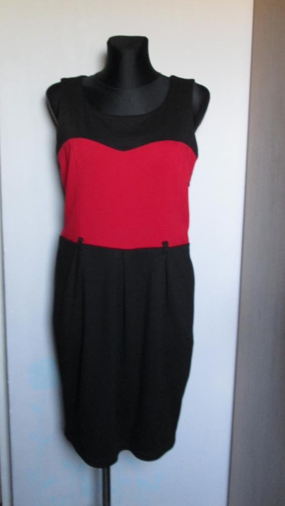 QUIOSQUE czarno czerwona sukienka