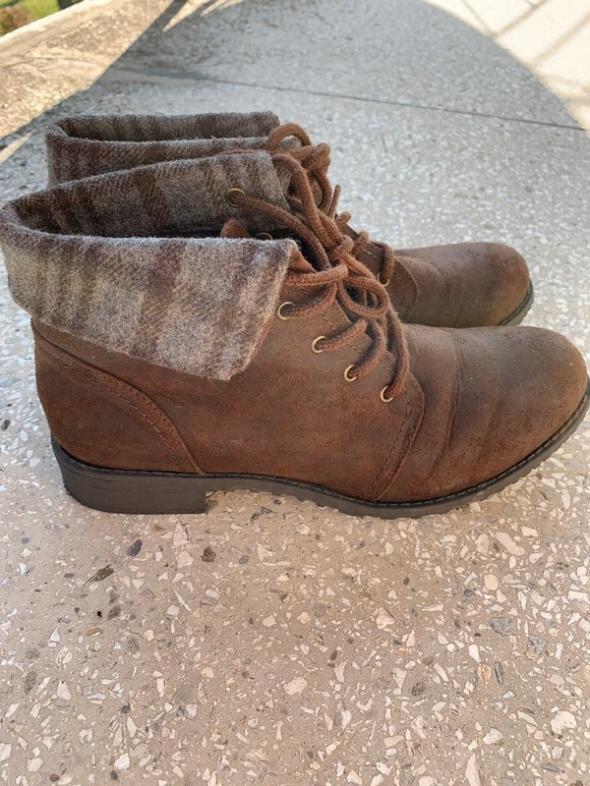 brązowe skórzane trapery jesienne buty