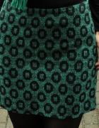 turkusowa spódnica w geometryczne wzory...