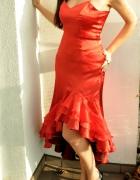 czerwona suknia hiszpanka...