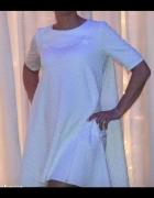 Sukienka rozkloszowana z kieszeniami...