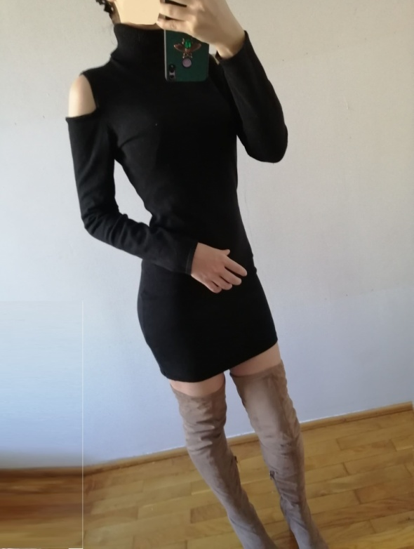 Melrose dzianinowa sukienka z golfem wycięte ramiona cut off bodycon cold shoulders
