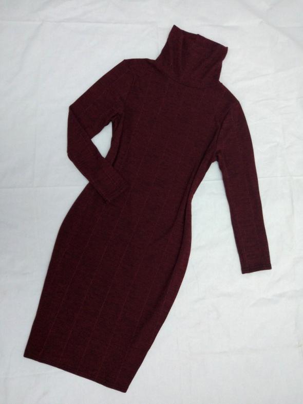 dzianinowa sweter sukienka prążkowana z golfem burgund bordowa ...