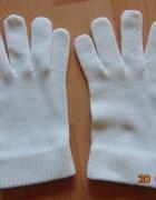 Białe rękawiczki...