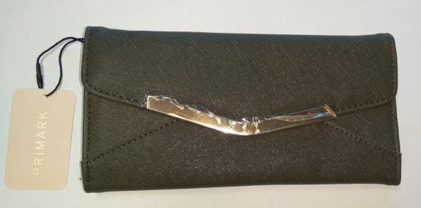 Nowy duży khaki ciemno zielony portfel złote okucie Primark