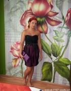 mała czarno fioletowa sukienka z cekinami...