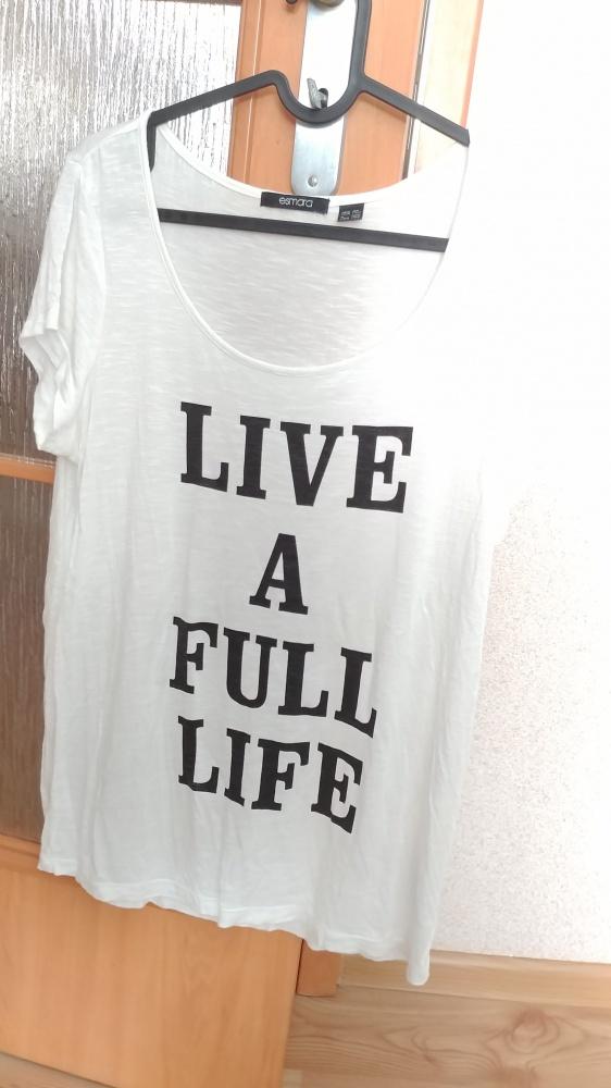 biały t shirt z nadrukiem rozmiar S Esmara