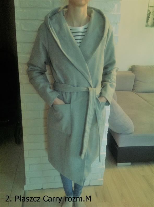 Płaszcz Carry...