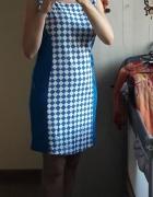 Wyszczuplająca sukienka bez rękawów wzór szachownica...