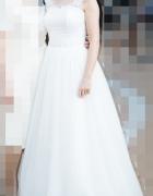 Sprzedam lekką suknię ślubną...