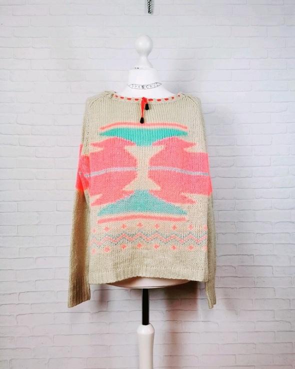 12 40 L River Island Beżowy luźny sweterek...