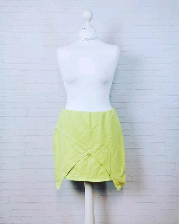Spódnice 14 42 XL Missguided Plus Size Limonkowa zakładana spódnica