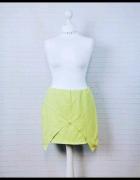 14 42 XL Missguided Plus Size Limonkowa zakładana spódnica...