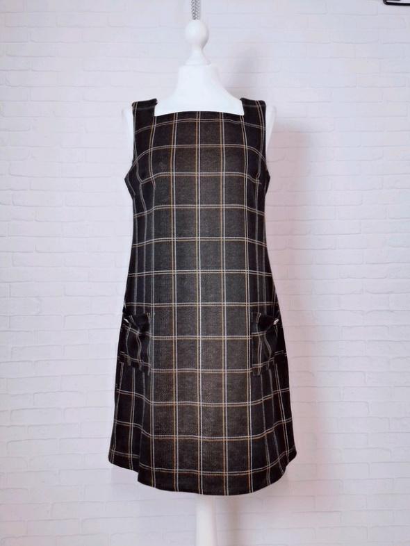12 40 L Dorothy Perkins Brązowa sukienka w stylu ogrodniczki...