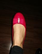 Czerwone balerinki lakierki pokecam...