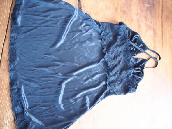 Halka koszulka czarna