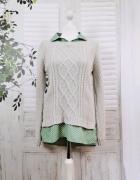 10 38 M Papaya Kremowy sweterek podkładany zieloną koszulą w bi...
