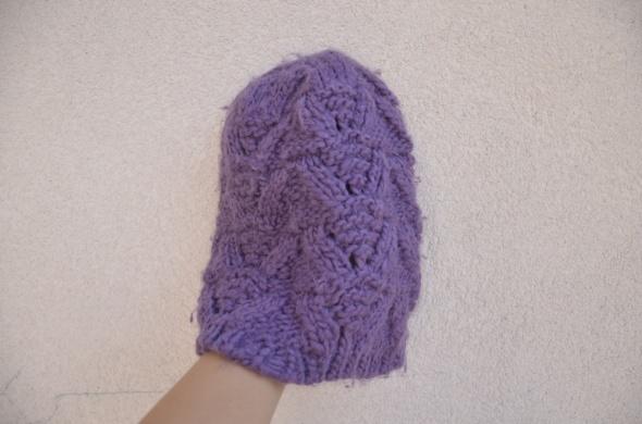 Nakrycia głowy HOUSE fioletowa czapka warkocze beanie