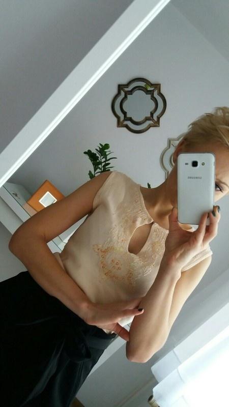 Bluzka z perelkami