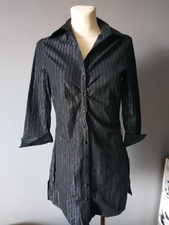 Czarna bluzka koszulowa rozmiar S...