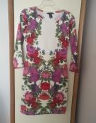 Dopasowana kwiatowa sukienka HM...
