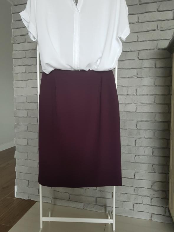 Śliwkowa spódnica