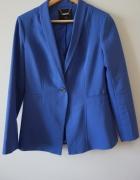Niebieski żakiet...