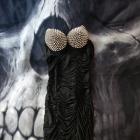 Dopasowana sukienka z kolcami