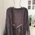 Grafitowy sweter narzutka ażurkowa Vila rozm L