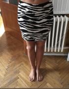 Biało czarna spódniczka mini na gumce H&M rozm S M L...