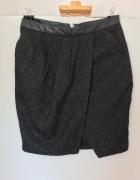 Czarna spódniczka mini Mohito rozm 38...