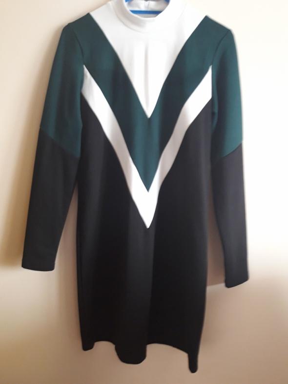 sukienka nowa S