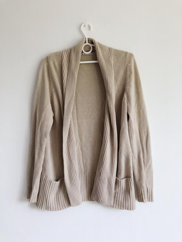 Ciepły beżowy sweter kardigan kieszenie