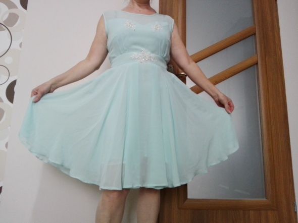 Suknie i sukienki Sukienka w klosz