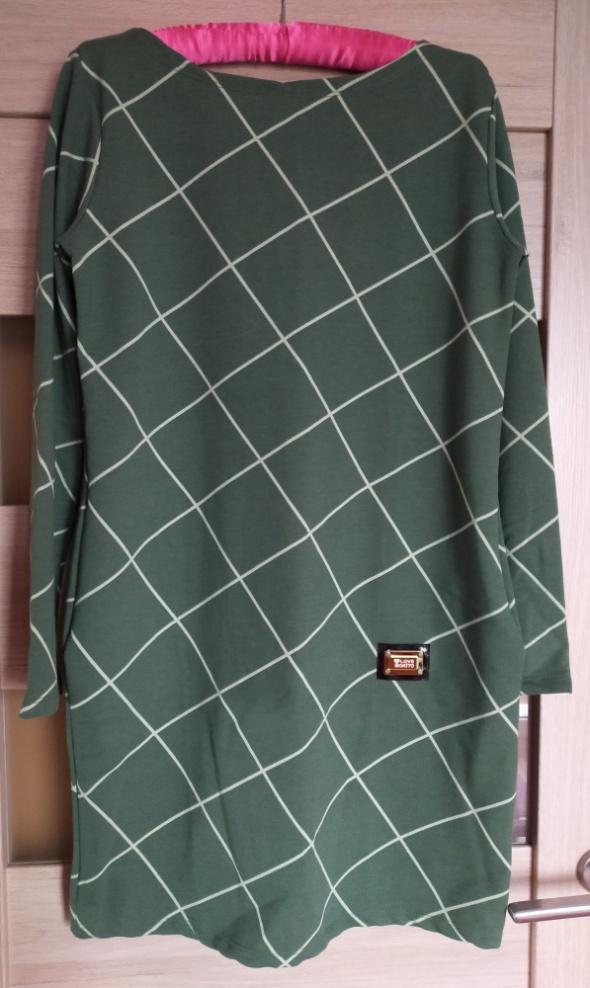 Zielona sukienka...