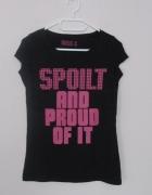 czarny tshirt z napisem...