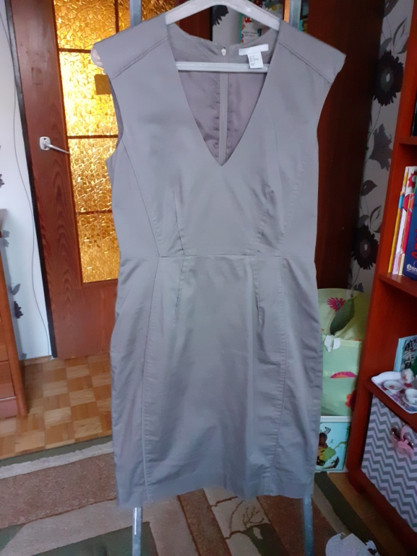 Prosta elegancka sukienka...